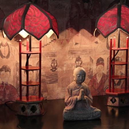 pair of pagoda Fotuny lamps